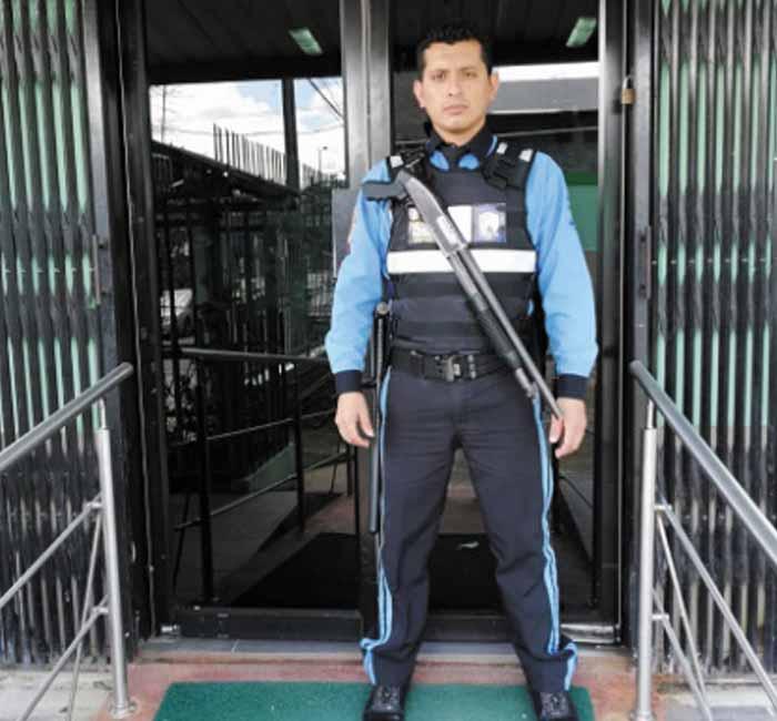 seguridad_servicios_rojas_paredes_security10